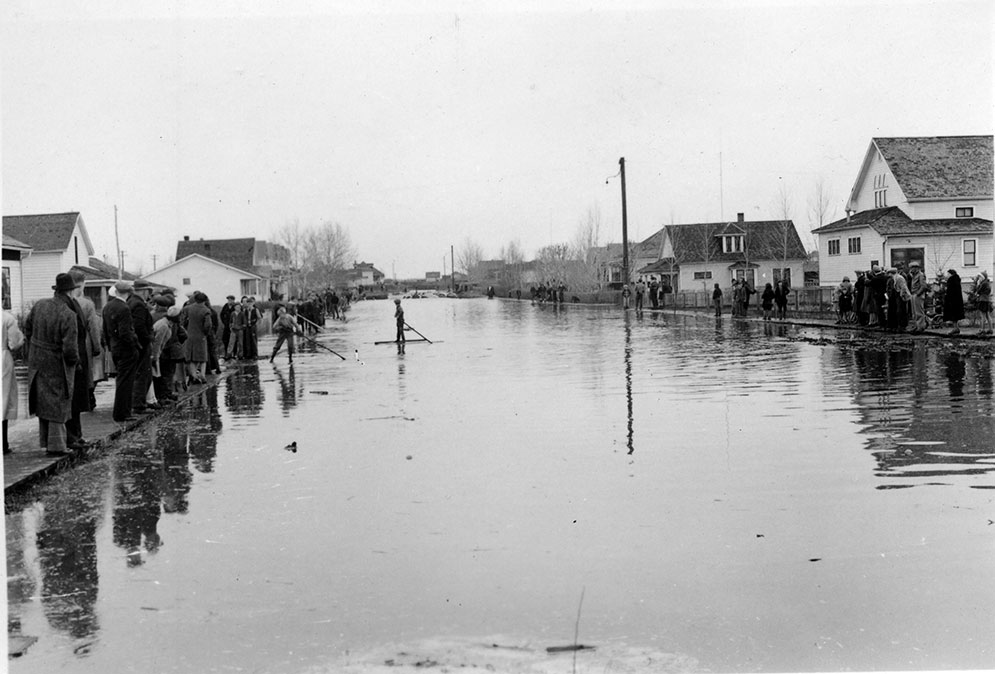 Flood-90-St-1940-EA-160-824